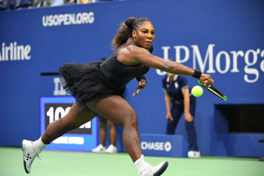 Serena Williams en tutu et collants résille à l'US Open, le 27 août, à New York.