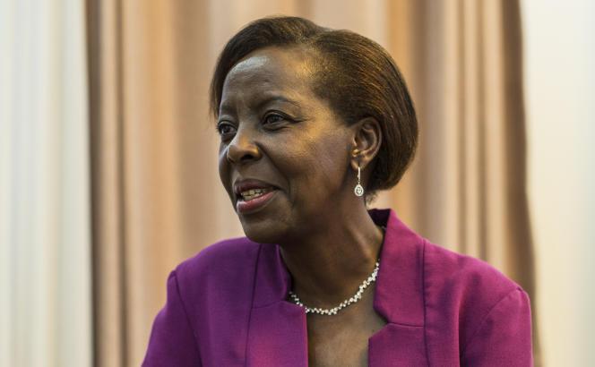 Emmanuel Macron a annoncé vouloir confier les destinées de la francophonie à la ministre rwandaise des Affaires étrangères, Louise Mushikiwabo, ici à Kigali le 2 août.