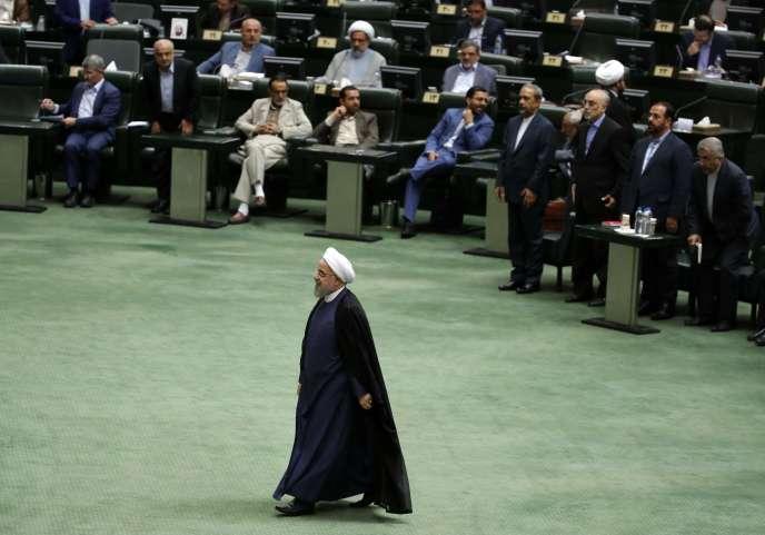 Hassan Rohani au Parlement iranien, à Téhéran, le 28août.