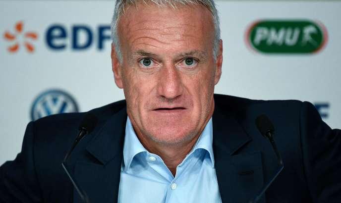 Lors de la conférence de presse de Didier Deschamps, entraîneur de l'équipe nationale française de football, le 30 août, à Paris.