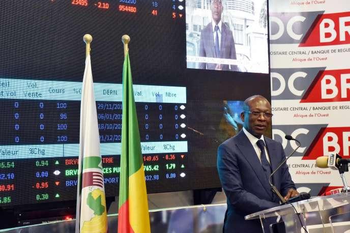 Le président du Benin, Patrice Talon, lors de sa visite à la Bourse régionale des Valeurs Mobilières d'Abidjan(Côte d'Ivoire), en janvier 2017.