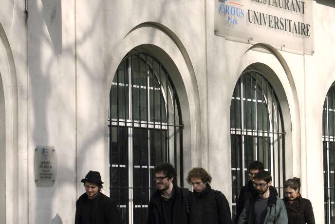 Bourses Etudiantes 2018 Montants Inchanges Premiers Versements