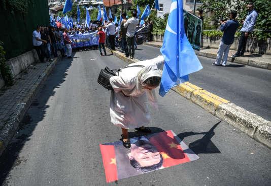 Manifestation le 5 juillet à Istanbul en faveur des Ouïgours et contre le régime chinois de Xi Jinping.