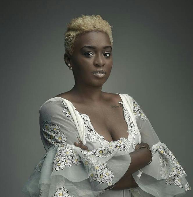 La militante camerounaise Minou Chrys-Tayl.