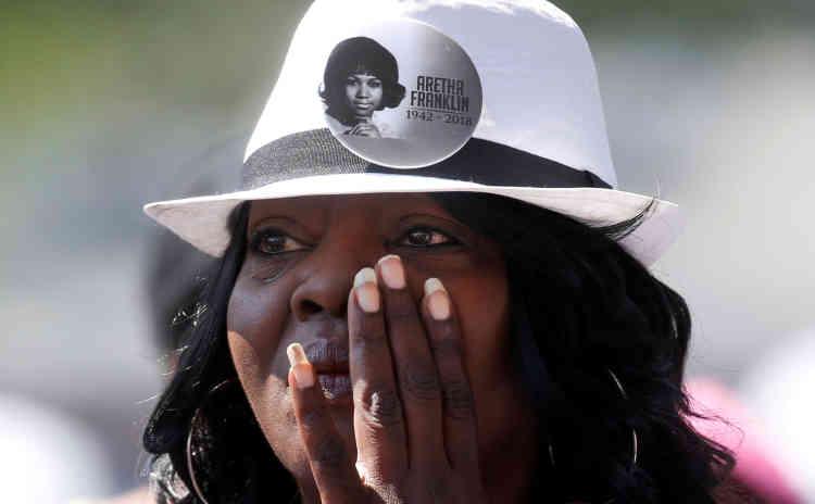 Carolyn Oliver était venue de Toledo, dans l'Ohio, pour rendre hommage à la chanteuse.