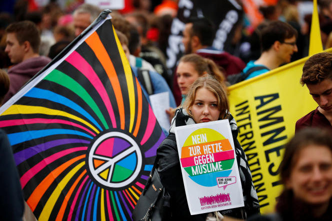 Rassemblement d'associations et partis de gauche sous le mot d'ordre «Le cœur plutôt que la haine», à Chemnitz (Saxe), le 1er septembre.