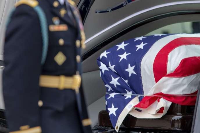 Cérémonie d'hommage au sénateur John McCain, à la cathédrale de Washington, le 1er septembre.