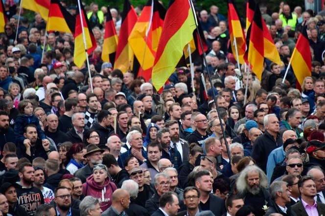 Lors de la manifestation appelée par les groupe et partis d'extrême droite à Chemnitz, dans le land de Saxe, le 1er septembre.