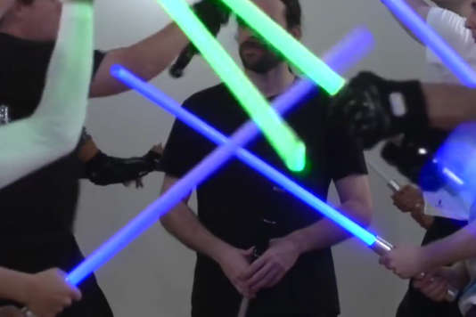 Cours de sabre laser.