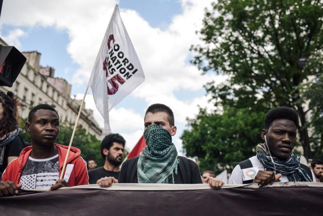 Le 2 juin, à Paris, manifestation en hommage à Clément Méric, cinq ans après sa mort.