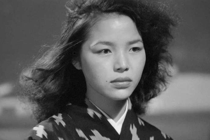 Akemi Negishi dans« Anatahan» (1953), de Josef von Sternberg.