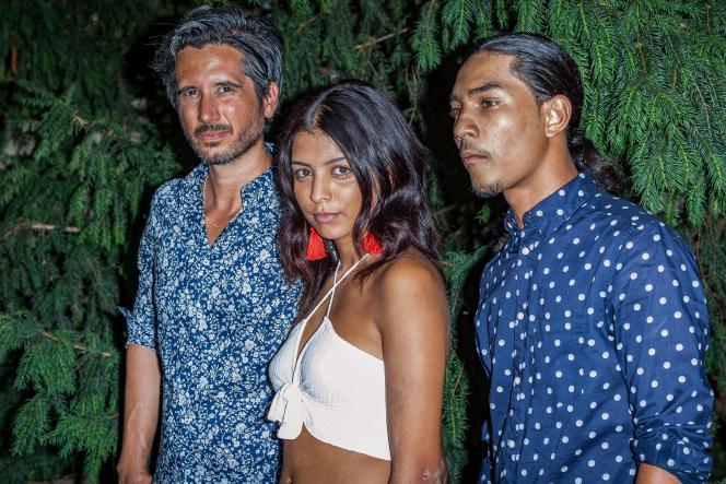 De gauche à droite : le réalisateur Jean-Bernard Marlin, l'actrice Kenza Fortas et l'acteur Dylan Robert lors de la projection de « Shéhérazade» au Festival du film francophone d'Angoulême, le 22 août 2018.