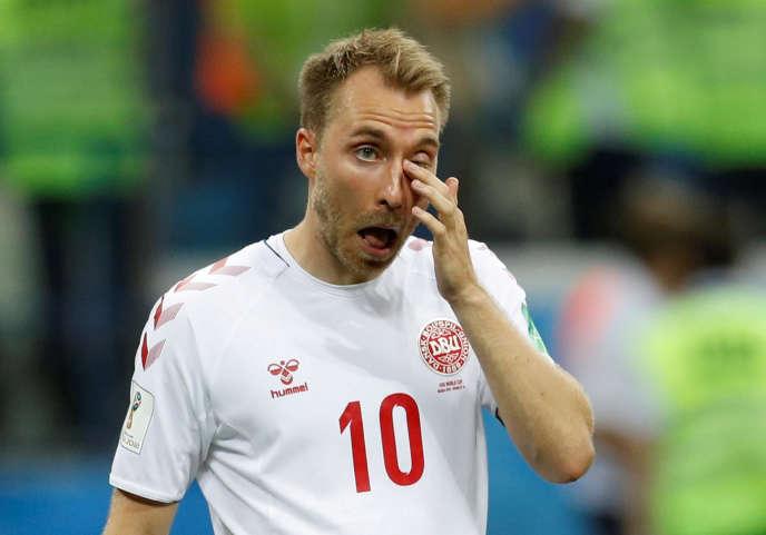 chaussures de séparation 0af77 cf703 Football : l'équipe nationale du Danemark aligne des ...