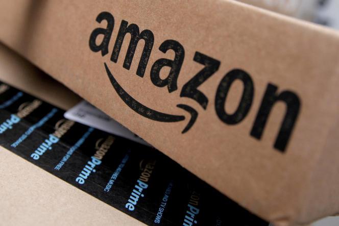 Un colis Amazon dans un centre de l'entreprise à New York en 2016