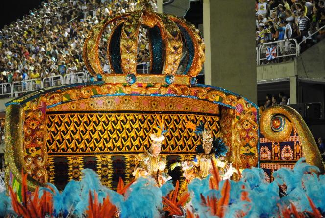 Le char de la reine Njinga, carnaval de Rio, 2012.