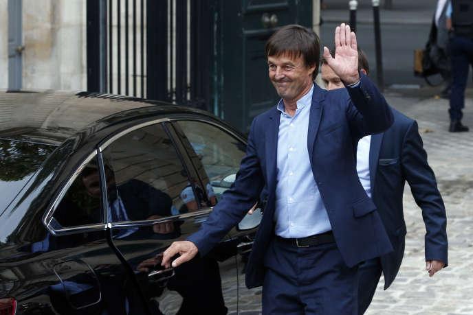 L'ex-ministre de la transition écologique et solidaire, Nicolas Hulot, après la passation des pouvoirs avec son successeur, François de Rugy, mardi 4 septembre à Paris.