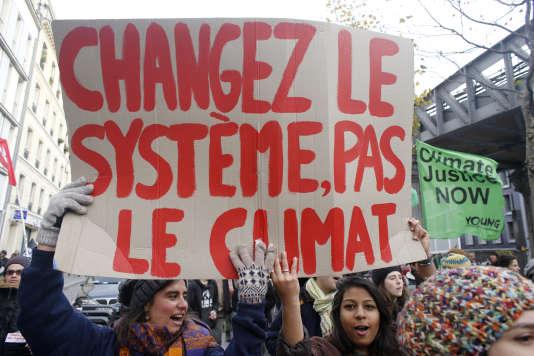 Une marche pour le climat, à Paris, le 5 décembre 2015.