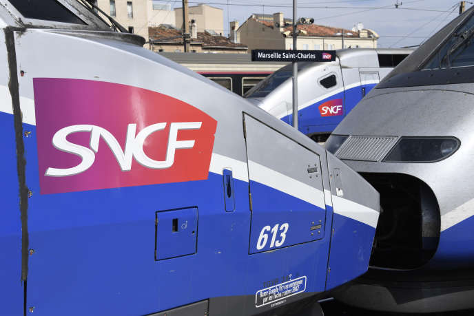 Vendredi 24 août, peu avant 18 heures, le TGV 6145 est « sorti de la voie » à l'entrée de la gare Saint-Charles de Marseille, sans faire de blessés.