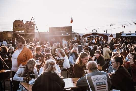 Environ 5 000 personnes ont assisté le week-end dernier à Göteborg à la première édition de Statement, un festival interdit aux hommes.