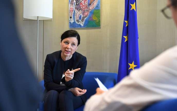 Vera Jourova, la commissaire européenne à la justice, à Bruxelles, le 7 mai.