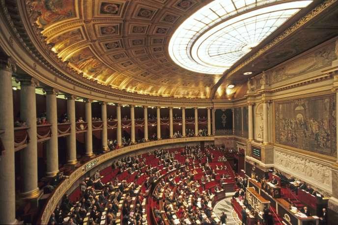 « Si l'ambition affichée par la loi Pacte, dont le Parlement commence à débattre mercredi 5 septembre, est bien de renforcer le rôle positif des entreprises, alors c'est le moment de donner un signal politique fort aux acteurs d'une économie plus respectueuse de l'homme et de l'environnement» (Photo: l'Assemblée nationale, à Paris).
