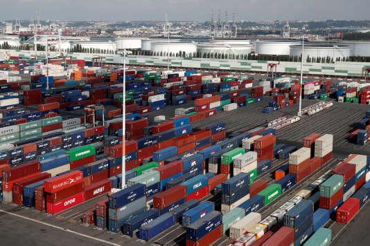 Des conteneurs dans le port du Havre, le 6 septembre.