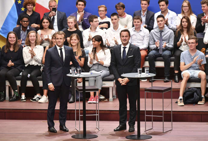 Le président français, Emmanuel Macron et le premier ministre du Luxembourg, Xavier Bettel, à Luxembourg, le 6 septembre.