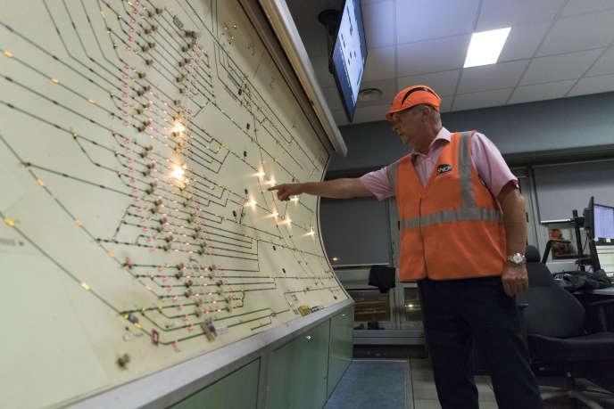 Au technicentre SNCF de maintenance des TGV de Chatillon (Hauts-de-Seine), le 31 juillet.