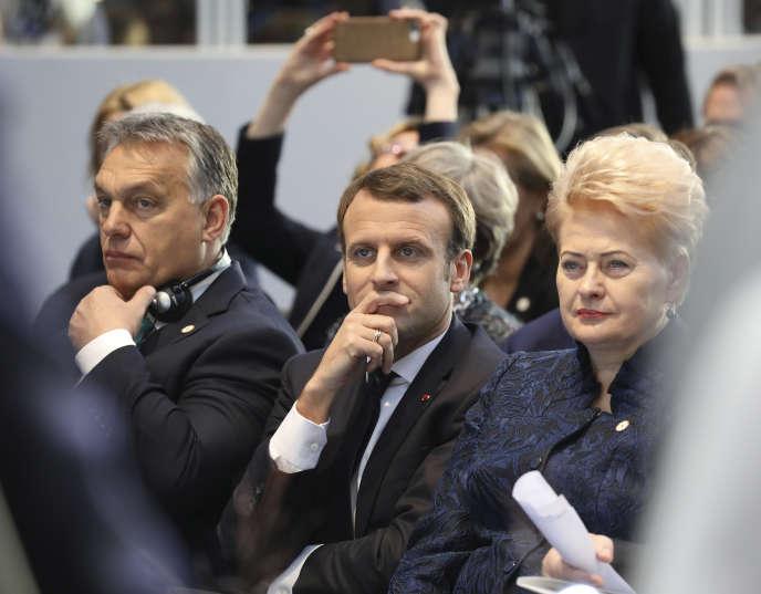 Le président hongrois, Viktor Orban, et son homologue français, Emmanuel Macron, à Göteborg (Suède), en novembre 2017.