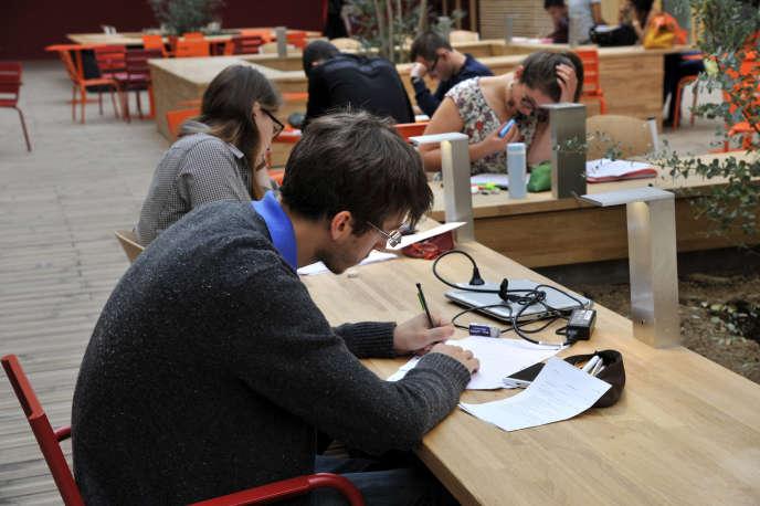 Les classes préparatoires aux grandes écoles se déroulent sur deux ans, avec un ryhtme de travail soutenu.
