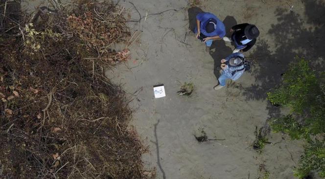Photo aérienne de la fosse commune prise par le bureau du procureur de l'Etat de Veracruz (Mexique).