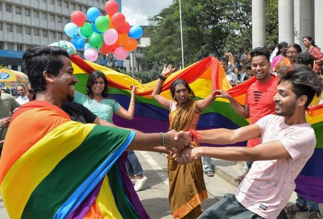 Célébrations à Bangalore, après l'annonce par la Cour suprême indienne de la dépénalisation del'homosexualité, le 6 septembre.