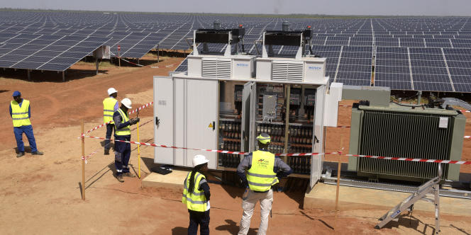 Le site de production d'énergie photovoltaïque à Bokhol, au nord-ouest du Sénégal, l'un des plus importants projets d'énergie solaire en Afrique subsaharienne.