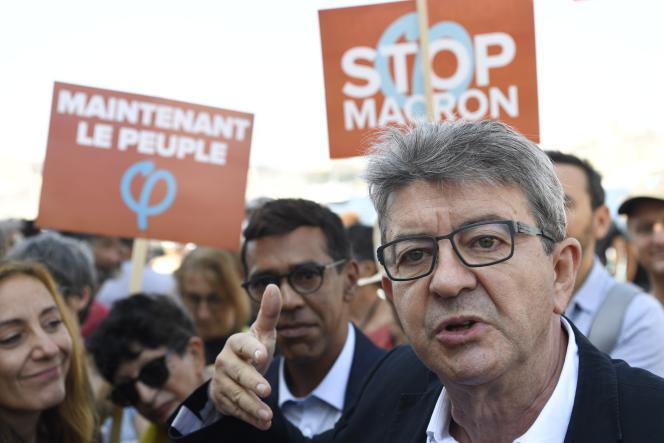 Jean-Luc Mélenchon, vendredi 7 septembre, lors d'une manifestation à Marseille contre le président français, Emmanuel Macron, et la chancelière allemande, Angela Merkel.
