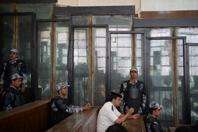 739 personnes étaient jugées, au Caire, le 8 septembre 2018.