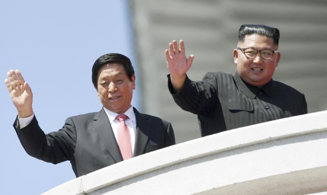 La Chine a envoyé Li Zhanshu, président du Parlement et membre du bureau politique du Parti communiste.
