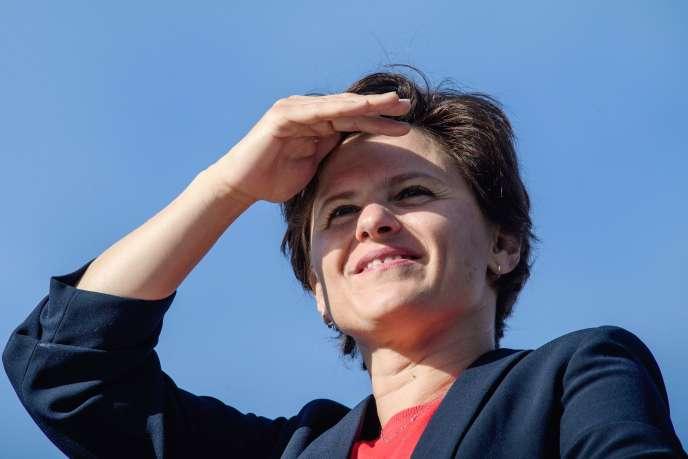 La ministre des sports, Roxana Maracineanu, en marge de la course «La Parisienne», le 9 septembre, à Paris