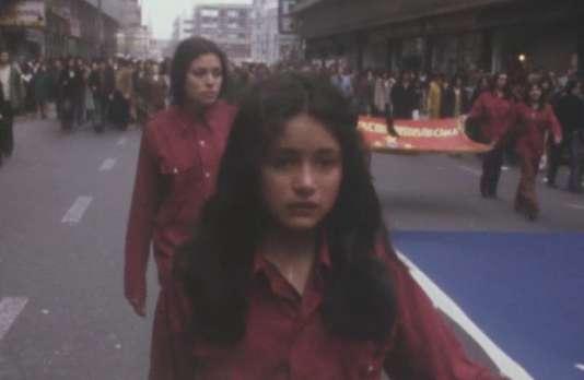Extrait du film « Allende, an 3».