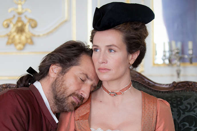 Edouard Baer (Marquis des Arcis) et Cécile de France (Madame de La Pommeraye) dans«Mademoiselle de Joncquières», d'Emmanuel Mouret.