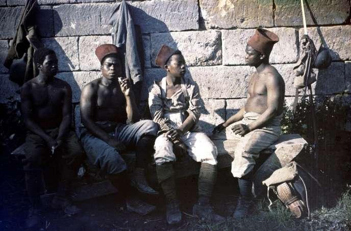 Tirailleurs sénégalais, juillet 1916.