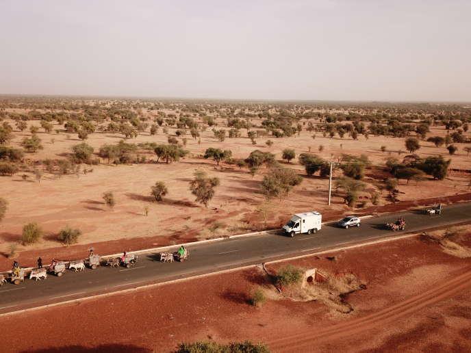 Le camion-laboratoire lors de la phase de test dans la région de Barkedji, au Sénégal.