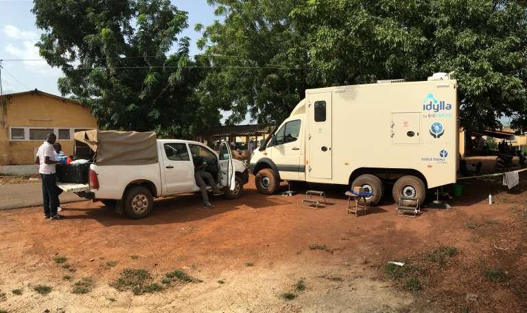 Le laboratoire mobile dans la région de Kédougou, au Sénégal, en 2017.