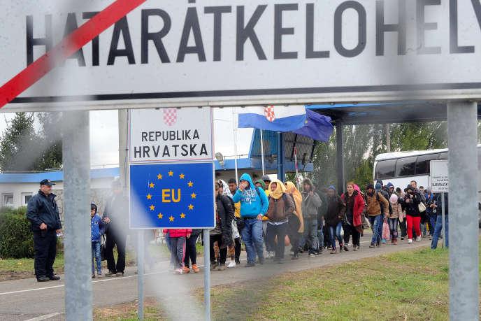 A la frontière entre la Hongrie et la Croatie, en 2015.