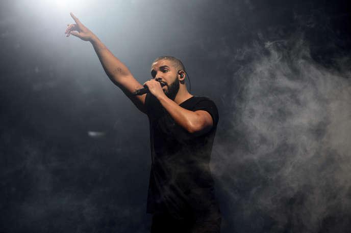 Le chanteur Drake à Londres, en 2015.