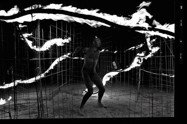 Danseurs de feu du Burning Man.