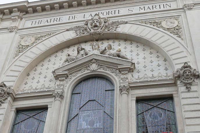 La façade duThéâtre de la Porte-Saint-Martin à Paris, en décembre 2012.