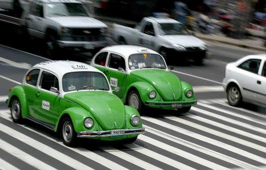 Volkswagen a annoncé la fin de la production des célèbres Coccinelle.