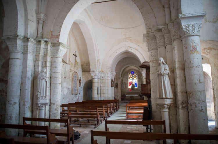 L'église catholique romaine du XIIe siècle de Notre-Dame de La Celle-Guenand, en Indre-et-Loire.
