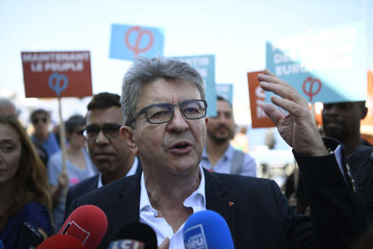 Immigration : Jean-Luc Mélenchon désavoue son porte-parole
