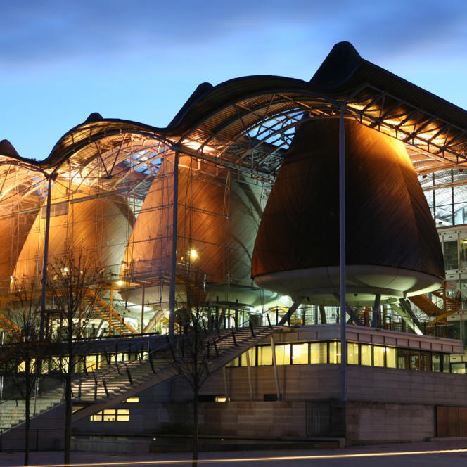 Le Tribunal de grande instance de Bordeaux réalisé par le Britannique Richard Rogers.